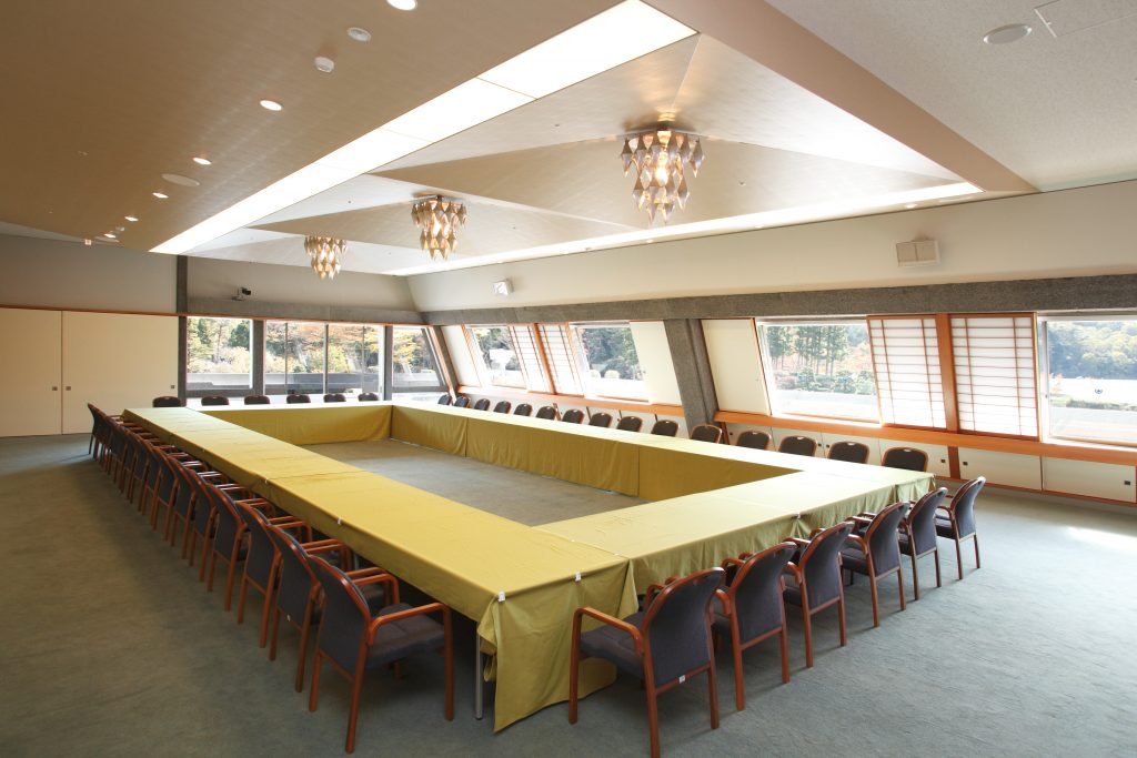 Conference Room C-1・C-2